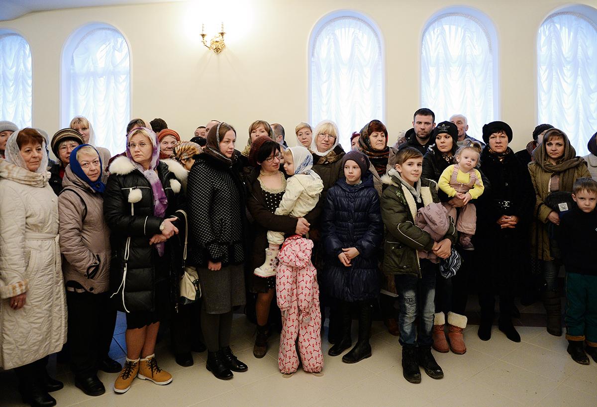 Патриарший визит в Калининградскую епархию. Посещение строящегося храма святых праведных Иоакима и Анны в поселке Большое Исаково