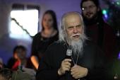 Более 200 бездомных посетили рождественский концерт в московском «Ангаре спасения»