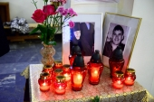 В Южно-Сахалинской епархии почтили память жертв трагедии в Воскресенском кафедральном соборе