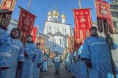 Общегородской крестный ход состоялся в Санкт-Петербурге в День православной молодежи