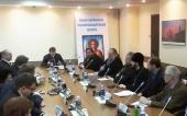В Госдуме при участии представителей Русской Православной Церкви обсудили проблемы правовой защиты верующих