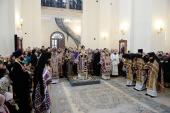В субботу первой седмицы Великого поста Святейший Патриарх Кирилл совершил Литургию в Крестовоздвиженском Иерусалимском ставропигиальном монастыре