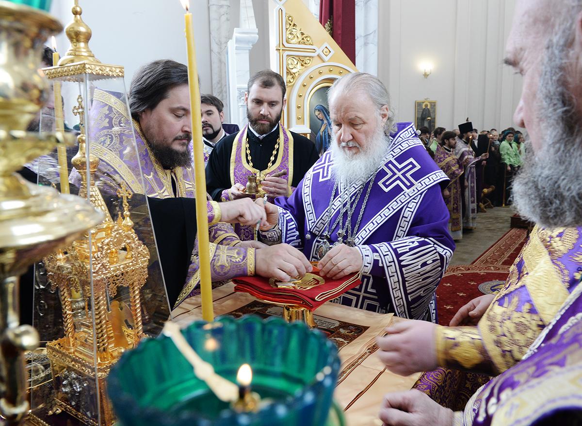 Патриаршее служение в Неделю 5-ю Великого поста в Троицком храме в п. Филимонки г. Москвы
