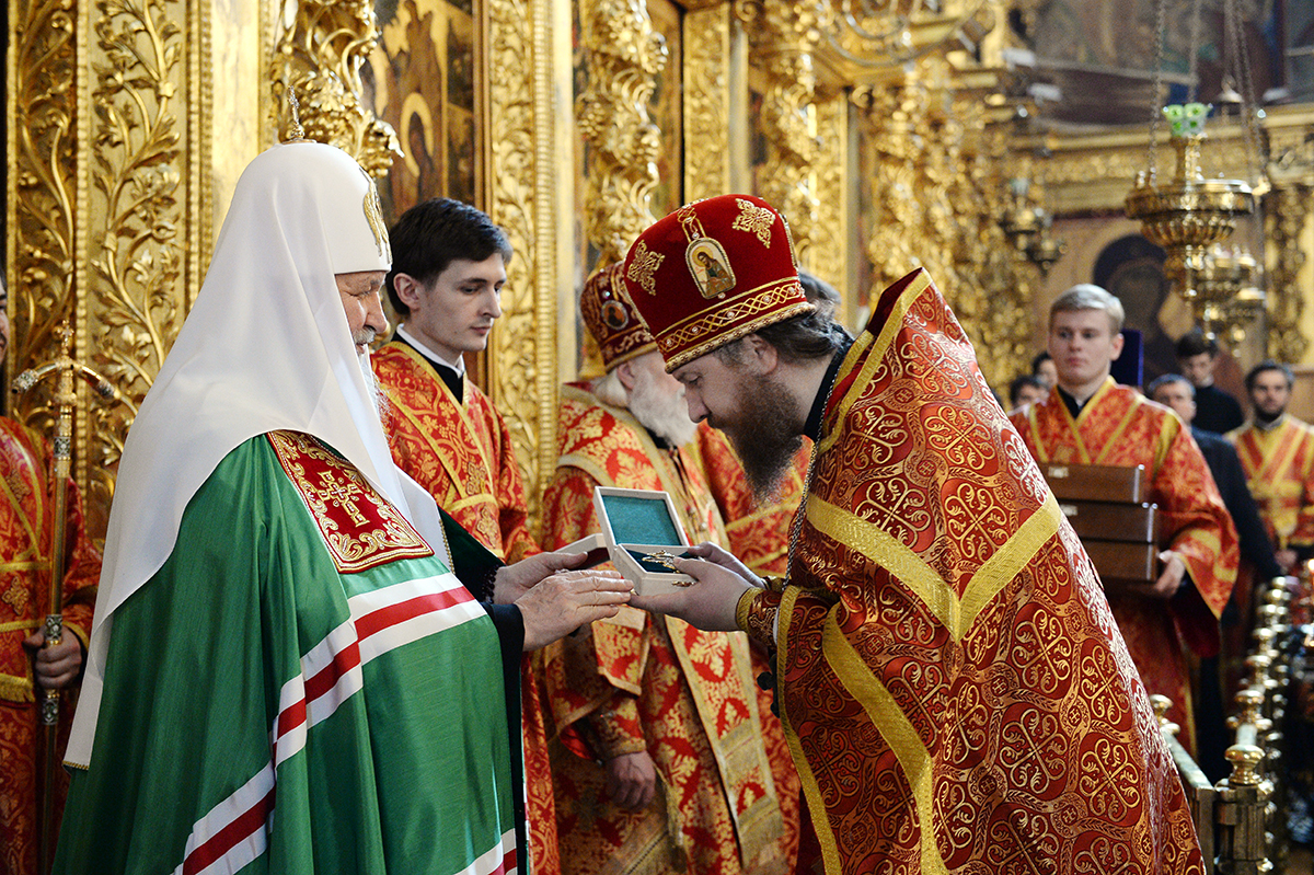 Патриаршее служение в праздник иконы Божией Матери «Живоносный Источник» в Троице-Сергиевой лавре