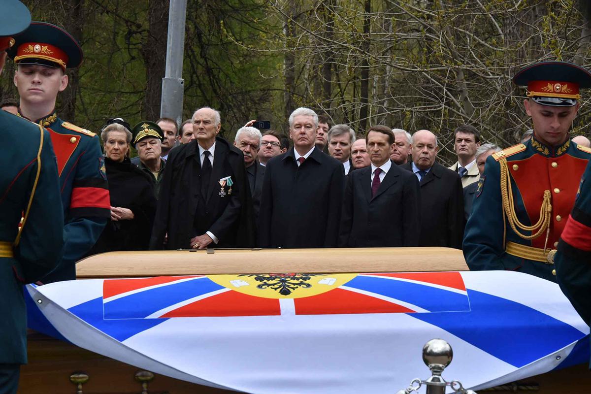 Церемония перезахоронения великого князя Николая Николаевича Романова и его супруги