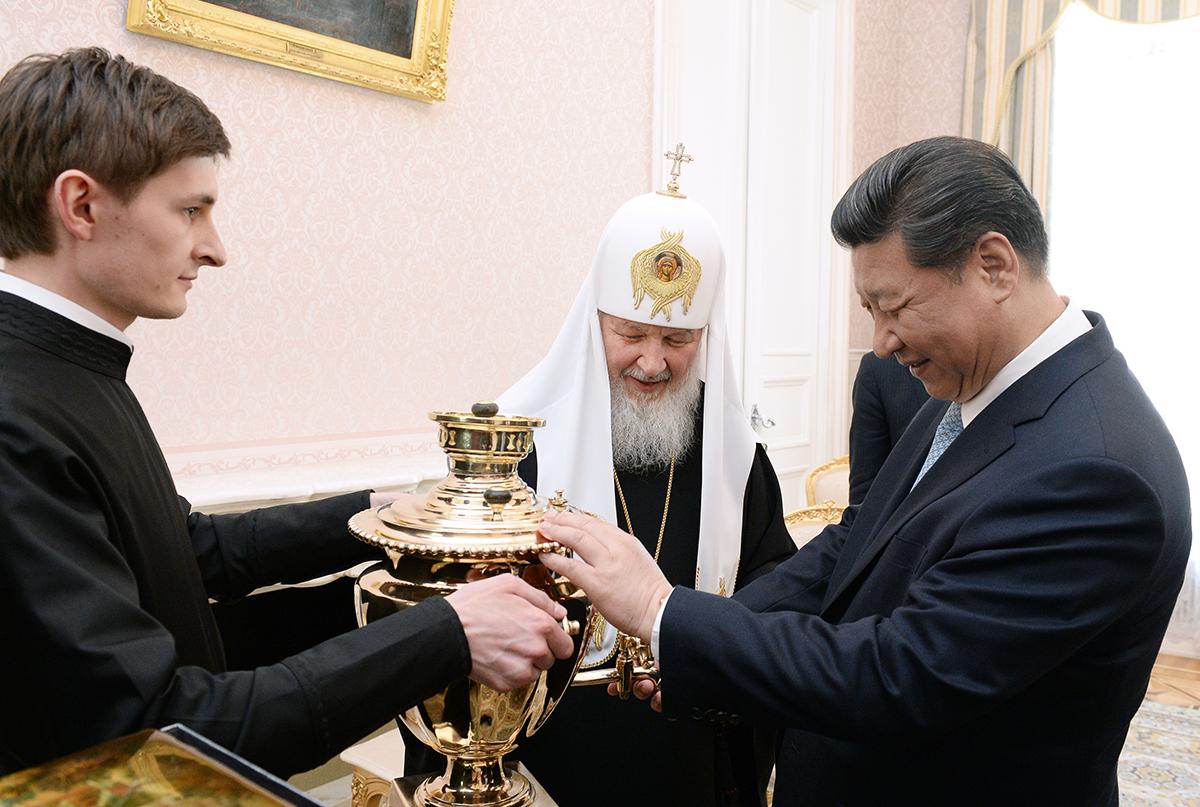 Встреча Святейшего Патриарха Кирилла с Председателем КНР Си Цзиньпином