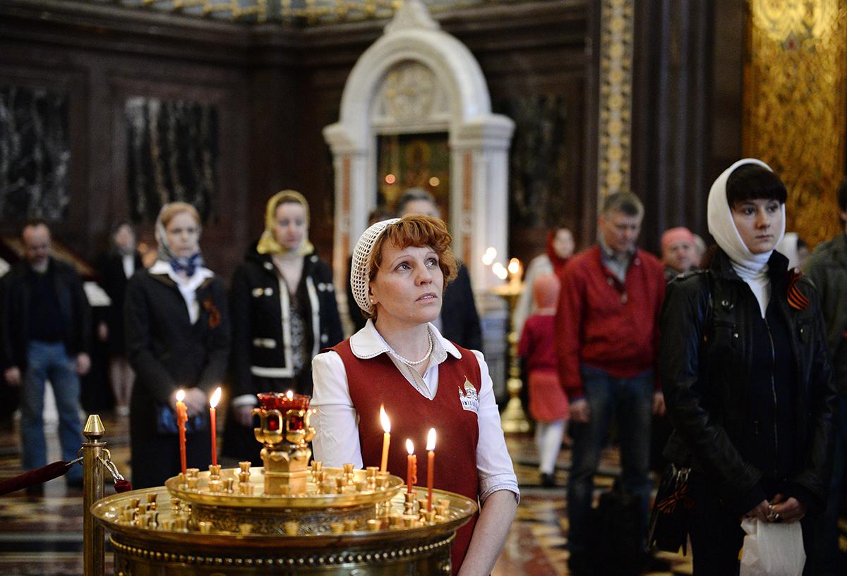 Патриаршее служение в Неделю 5-ю по Пасхе в Храме Христа Спасителя в Москве