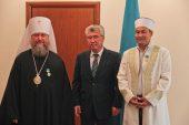 Глава Казахстанского митрополичьего округа награжден государственной юбилейной медалью «20-летие Ассамблеи народа Казахстана»