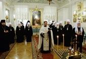 Святейший Патриарх Кирилл скорбит о погибших в Омске десантниках