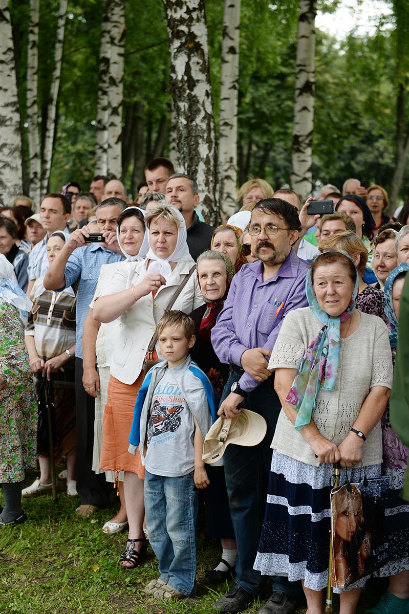 Патриарший визит в Костромскую епархию. Закладка Успенского собора в Костромском кремле