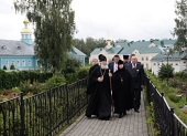 Святейший Патриарх Кирилл посетил Канавку Божией Матери и Благовещенский собор в Серафимо-Дивеевском монастыре