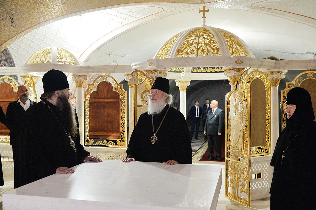 Патриарший визит в Нижегородскую митрополию. Посещение Канавки Божией Матери и Благовещенского собора в Серафимо-Дивеевском монастыре