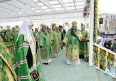 В день памяти преподобного Серафима Саровского Предстоятель Русской Церкви совершил Литургию в Серафимо-Дивеевском монастыре