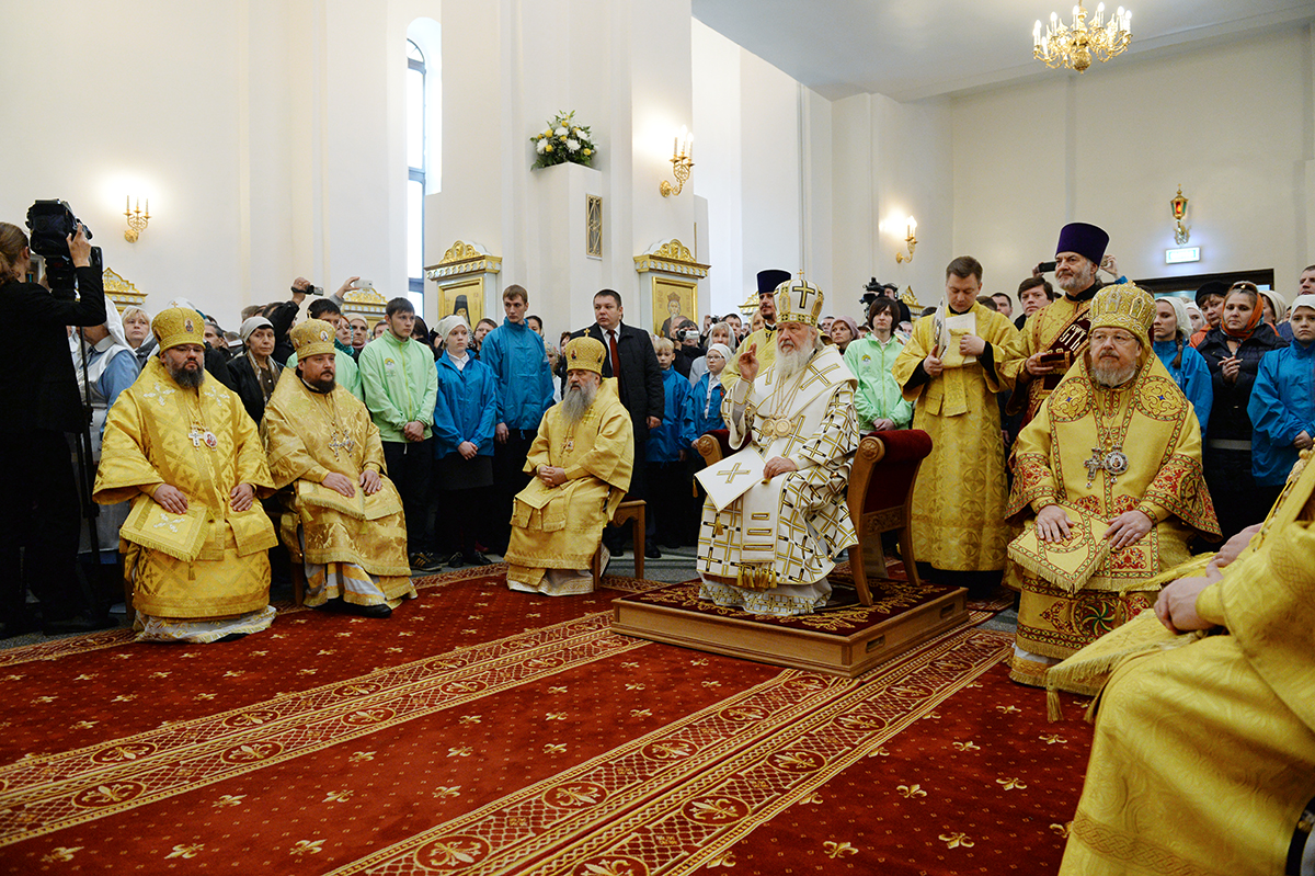 Предстоятель Русской Церкви совершил Литургию в кафедральном соборе иконы Божией Матери «Всех скорбящих Радость» г. Норильска
