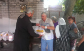 33 тонны продуктов передала Церковь мирным жителям Донецкой области в сентябре