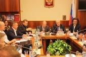 Представители синодальных отделов приняли участие в заседании Межфракционной депутатской группы в защиту христианских ценностей