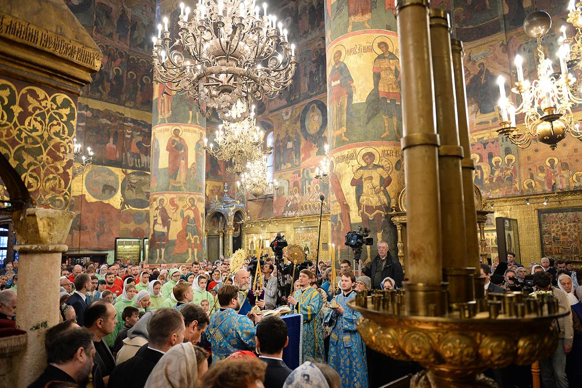 Патриаршее служение в праздник Казанской иконы Божией Матери в Успенском соборе Московского Кремля