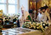 В седьмую годовщину со дня кончины Патриарха Алексия II Предстоятель Русской Церкви совершил заупокойное богослужение в Богоявленском соборе в Елохове