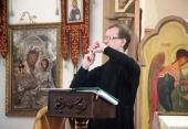 Синодальный отдел по благотворительности выпустил разговорник «100 фраз на русском жестовом языке»