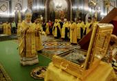 В канун Недели святых праотец Святейший Патриарх Кирилл совершил всенощное бдение в Храме Христа Спасителя