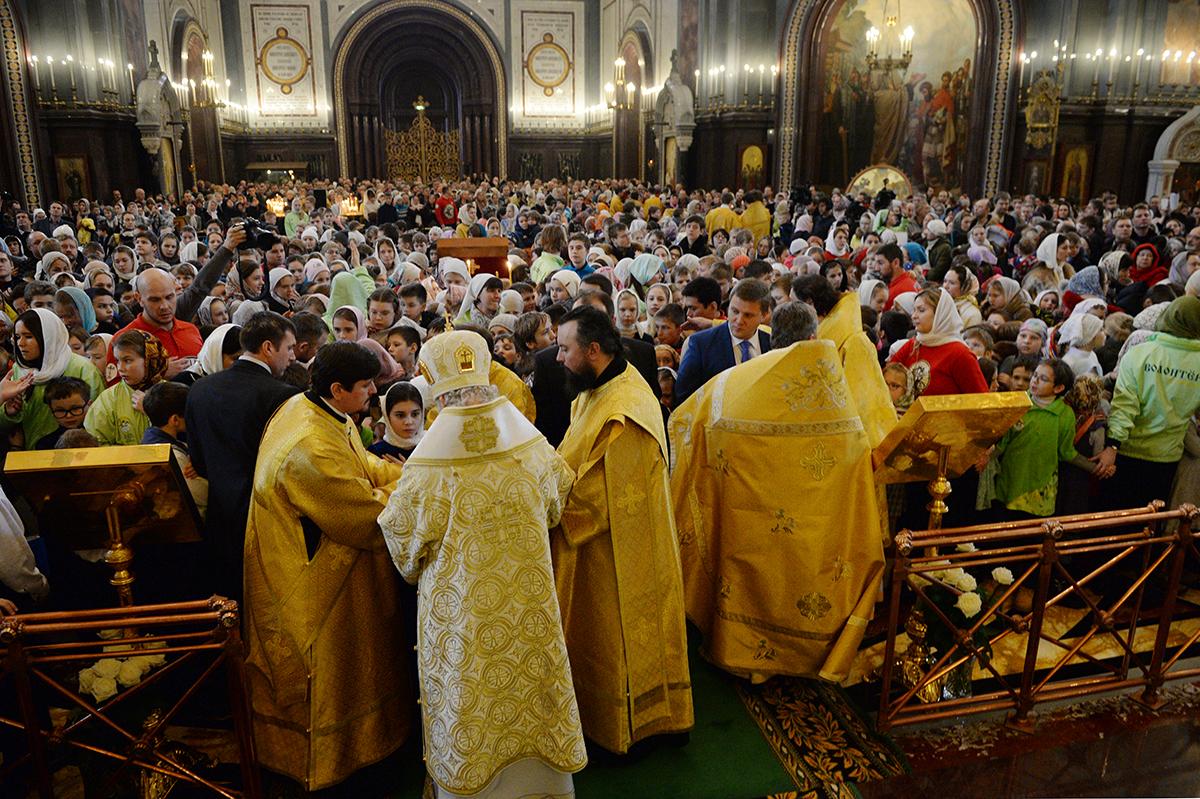 Патриаршее служение в Неделю пред Богоявлением в Храме Христа Спасителя в Москве