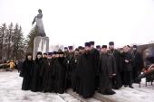 Делегация Санкт-Петербургской епархии приняла участие в траурной церемонии по случаю годовщины снятия блокады Ленинграда