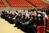 Во втором дне работы Архиерейского Собора принимают участие 315 архиереев