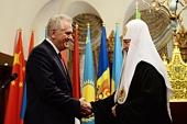 Святейший Патриарх Кирилл встретился с Президентом Сербии Томиславом Николичем