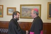 Председатель ОВЦС встретился с апостольским нунцием, завершающим свое служение в России