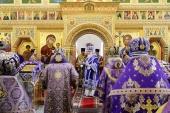 Святейший Патриарх Кирилл совершил великое освящение Покровского храма в столичном районе Орехово-Борисово Южное