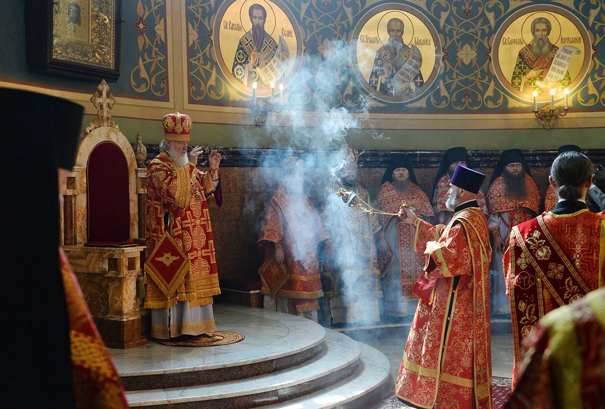 Патриаршее служение в Неделю 4-ю по Пасхе. Литургия в Николо-Угрешском монастыре