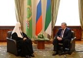 Святейший Патриарх Кирилл встретился с временно исполняющим обязанности главы Республики Коми С.А. Гапликовым