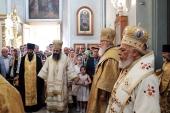В праздник Собора Архангела Гавриила Святейший Патриарх Кирилл совершил Литургию на Антиохийском подворье в Москве