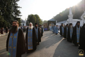 В праздник Святогорской иконы Божией Матери чудотворный образ торжественно встретили в Святогорской лавре