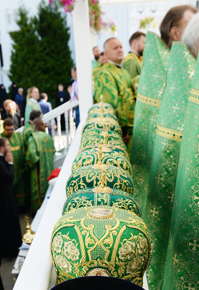 Патриарший визит в Нижегородскую митрополию. Литургия в Дивеевском монастыре. Хиротония архимандрита Евгения (Кульберга) во епископа Среднеуральского