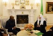 Святейший Патриарх Кирилл встретился с послом Демократической Республики Конго в Москве