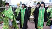 Мощи преподобного Силуана Афонского принесены в Москву