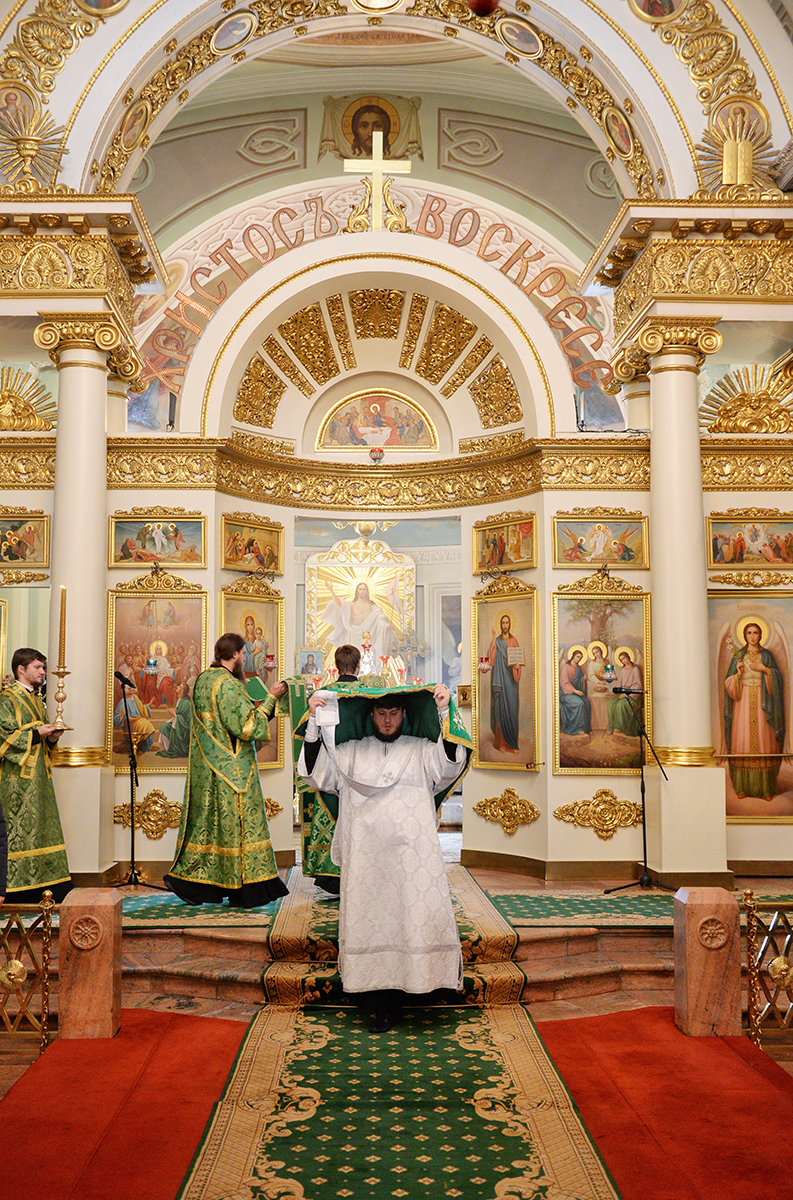 Патриаршее служение в день памяти прп. Силуана Афонского в Даниловом ставропигиальном монастыре
