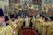 В день памяти митрополита Московского Киприана митрополит Крутицкий Ювеналий совершил Литургию в Патриаршем Успенском соборе