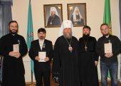 Глава Казахстанского митрополичьего округа удостоил наград сотрудников редакции сайта Патриархия.ru