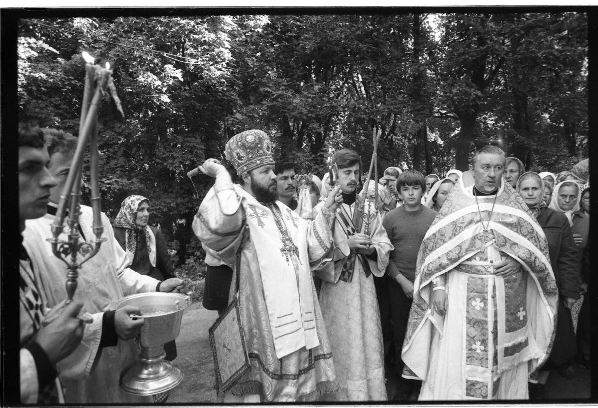 Богослужение в храме Преображения Господня г. Смоленска. 29 августа 1985 г.