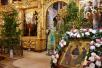 Божественная Литургия в Успенском соборе Троице-Сергиевой лавры в день Святой Троицы. 31 мая 2015 г.
