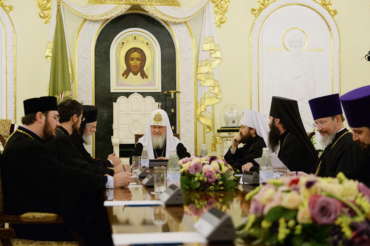 Встреча Святейшего Патриарха Кирилла с делегацией Румынской Православной Церкви