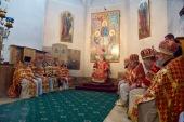 В день памяти великомученицы Екатерины Патриарший экзарх всея Беларуси совершил Литургию в Петропавловском соборе Минска