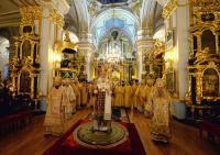 В день памяти святителя Николая Чудотворца Святейший Патриарх Кирилл совершил Литургию в Николо-Богоявленском морском соборе Петербурга
