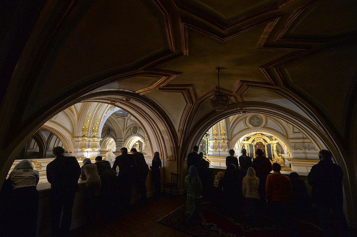 Патриарший визит в Санкт-Петербургскую епархию. Литургия в Николо-Богоявленском морском соборе