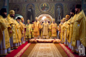 В день памяти святителя Николая Чудотворца Предстоятель Украинской Православной Церкви совершил Литургию в Никольском соборе Покровского монастыря в Киеве