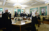 Члены Священного Синода Русской Православной Церкви совершили литию по погибшим в результате крушения самолета Ту-154 Министерства обороны РФ