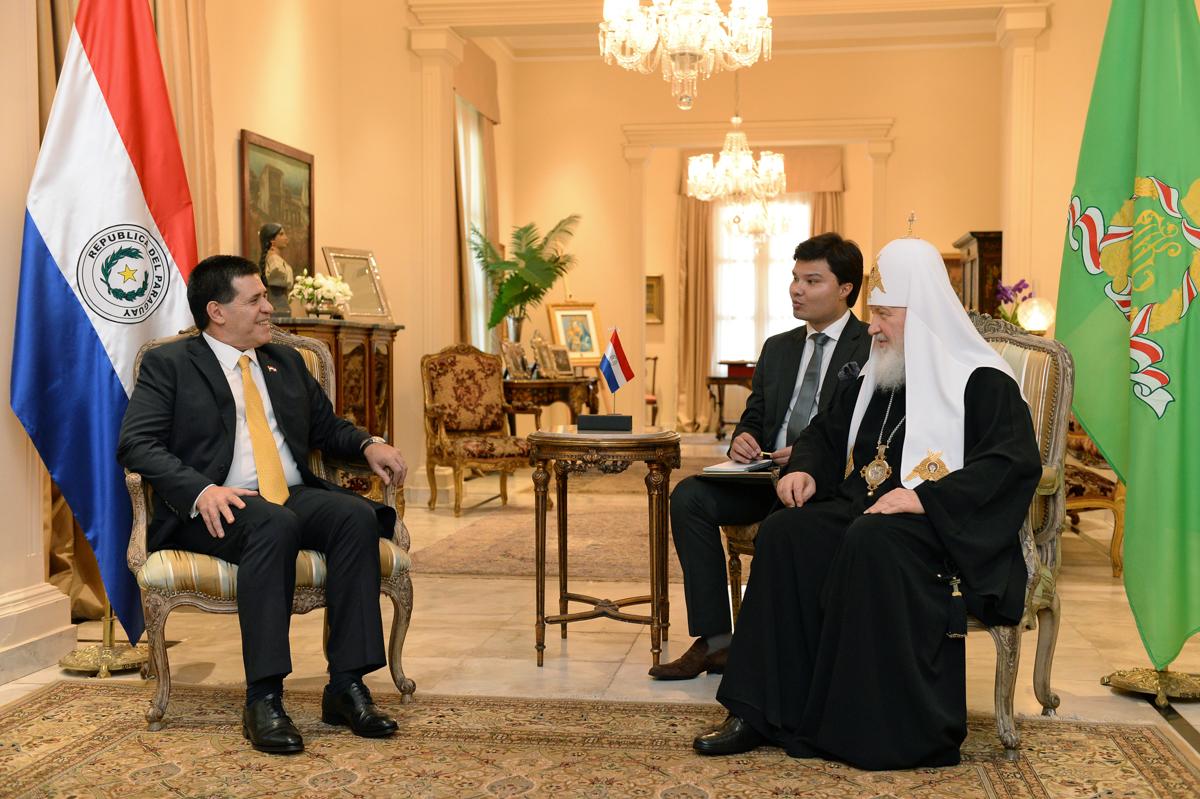 15 февраля. Встреча с Президентом Республики Парагвай Орасио Картесом