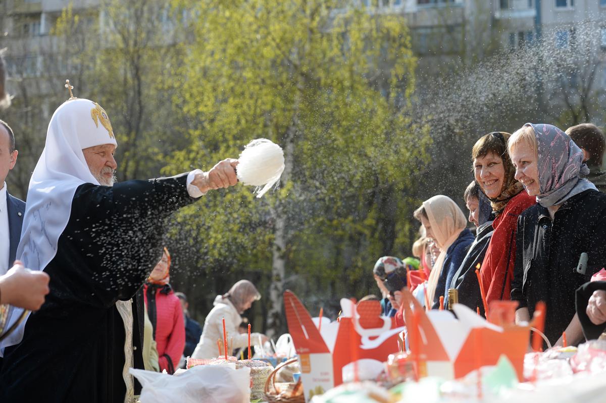 30 апреля. Традиционное посещение храмов Москвы в Великую субботу